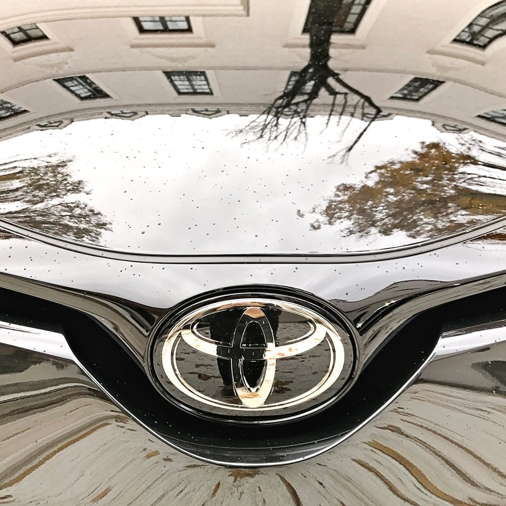 Urban car reflections Madrid Toyota C-HR Toyota Motor Europe hybrid car photography picturelyspoken SeeMyCity Marianne Hope