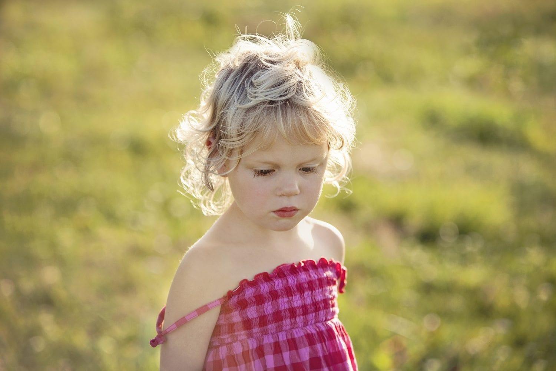 sunny girl portrait edited retouching lifestyle photography picturelyspoken