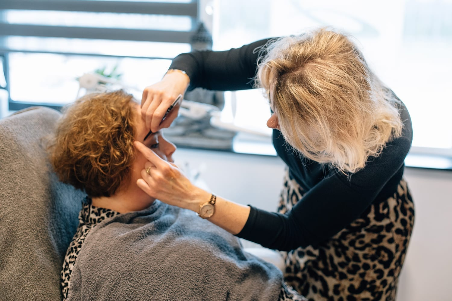 behind the scenes headshot sessie makeup van Sylvia Bouwman, portraits of beautiful women